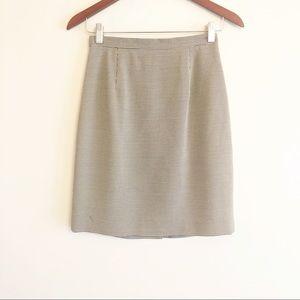 Ann Taylor | houndstooth print pencil skirt